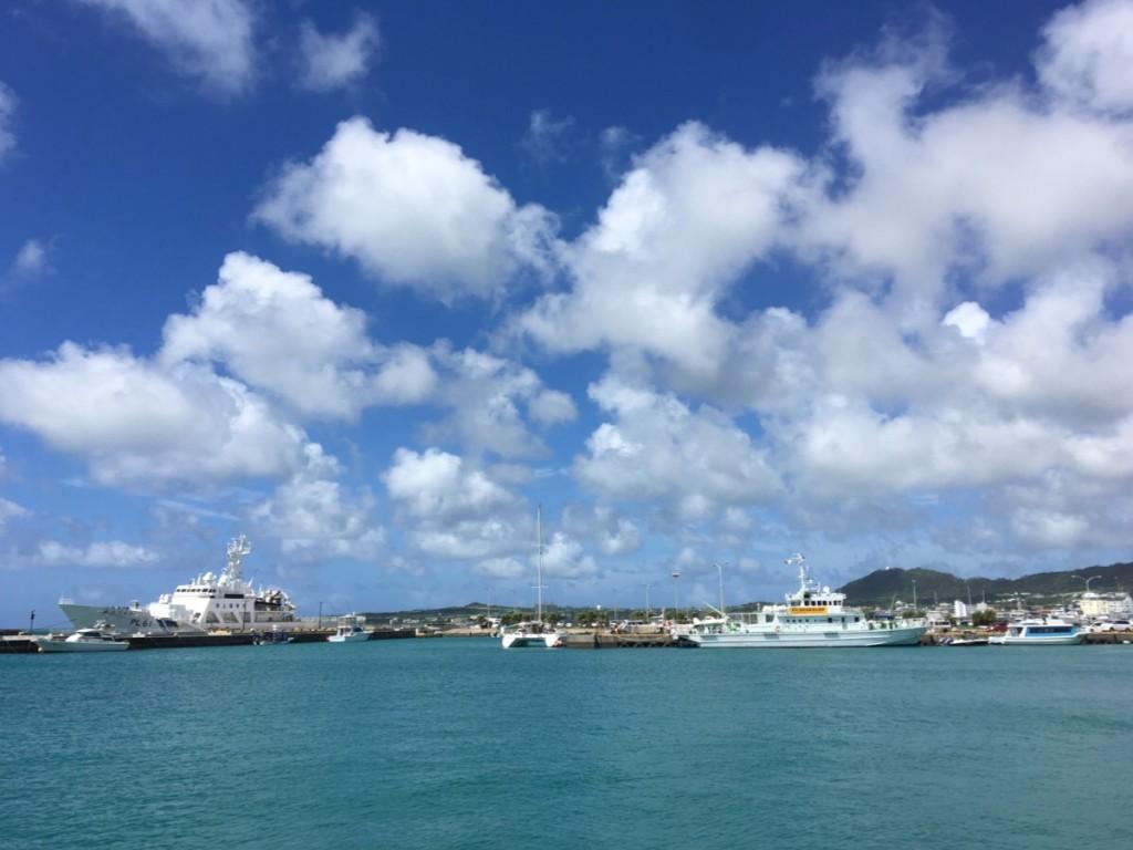 買い物ついでに浜崎マリーナに立ち寄る 海上保安庁の巡視船が常に待機