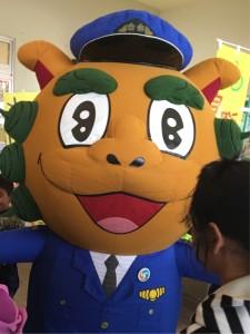 沖縄県警察マスコット シーサー君も来場